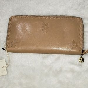 Lucky Brand Leather wallet NWT